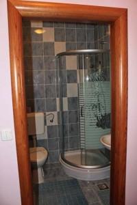 Appartement mit Küche Lana - Bad und Toilette