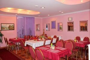 Vila Marija Speisesaal mit Buffet